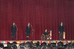 合唱部の1,2年生から歌のプレゼント